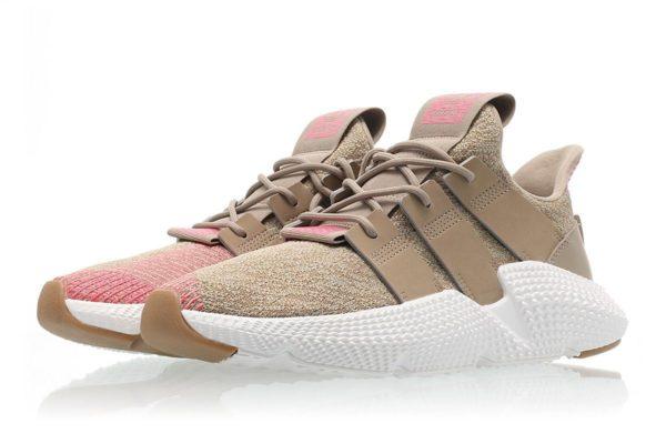 Женские кроссовки Adidas Prophere