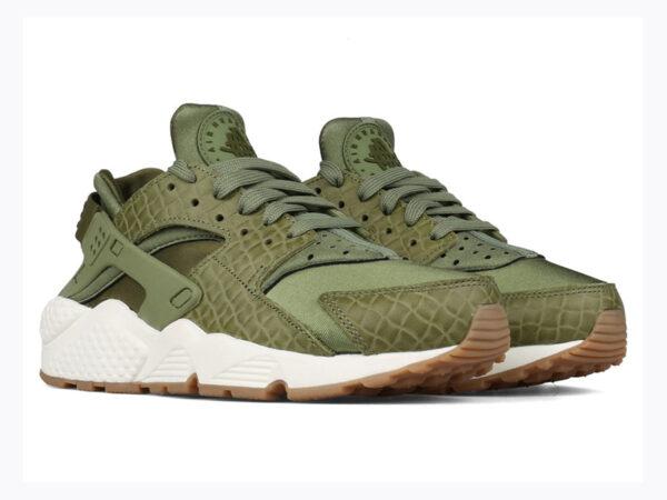 Nike Air Huarache Run Premium зеленые с белым женские (35-40)