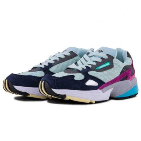 Мятные замшевые кроссовки