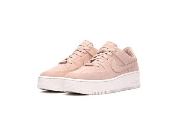 Nike Air Force 1 07 LV8 розовые замшевые женские (35-39)