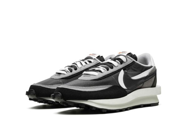 Кроссовки Nike Waffle