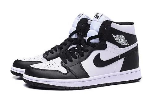 Зимние Nike Air Jordan 1 Retro с мехом черно-белые кожаные мужские-женские (35-44)
