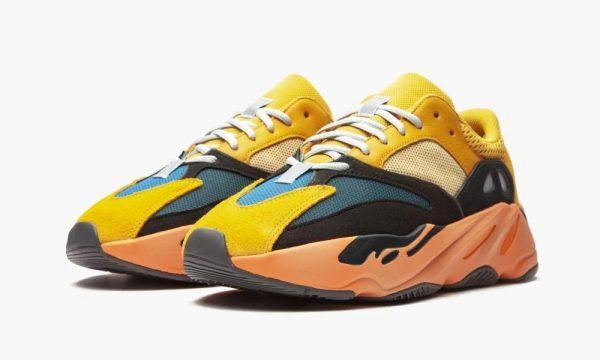 Adidas Yeezy Boost 700 Sun желтые с черным и синим замша-сетка мужские-женские (35-44)
